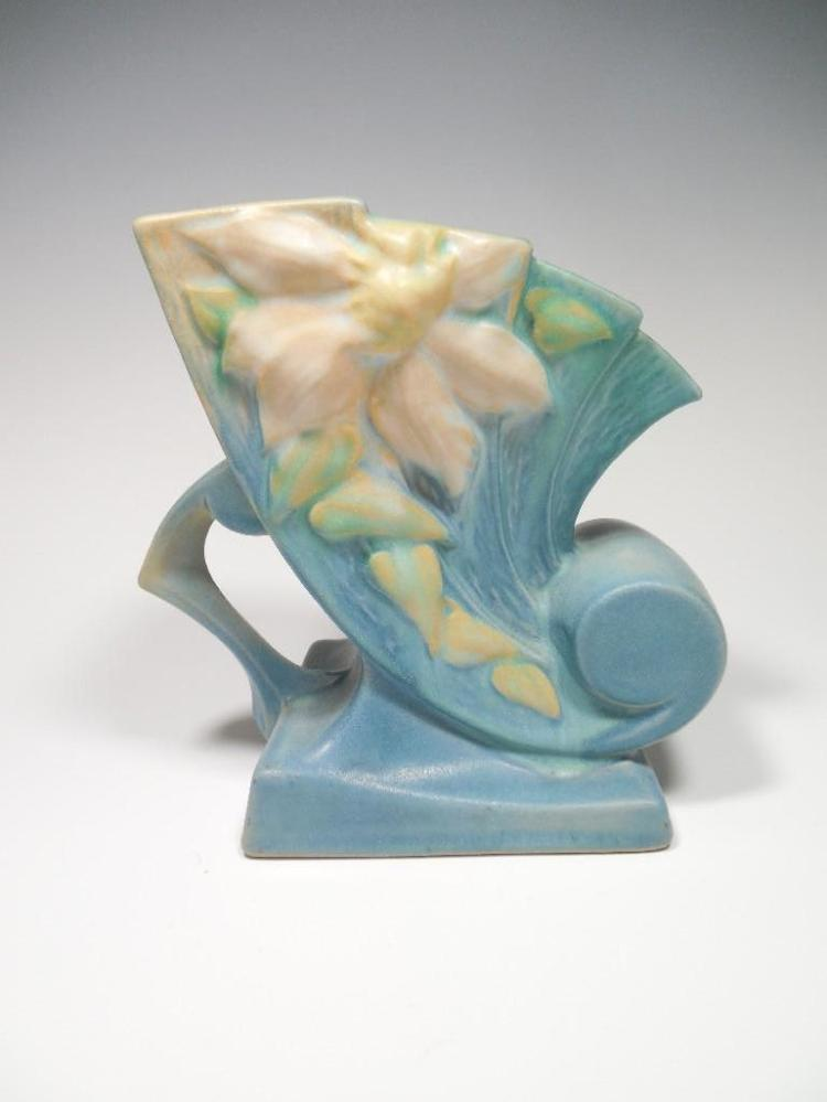 Roseville Pottery 193-6 Clematis Cornucopia Vase