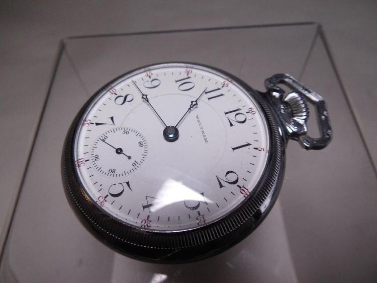 Waltham Pocket Watch 17J Appleton Tracy 18 Size