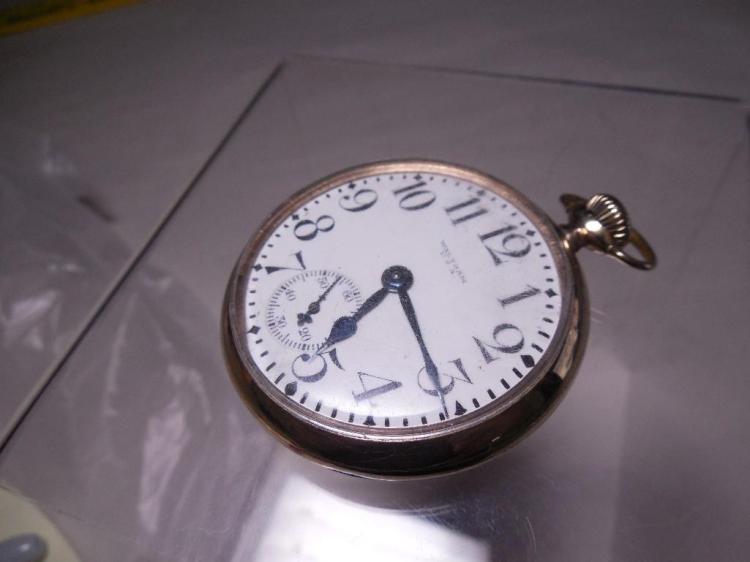 Waltham Pocket Watch 16S 17J Runs Nice Gold
