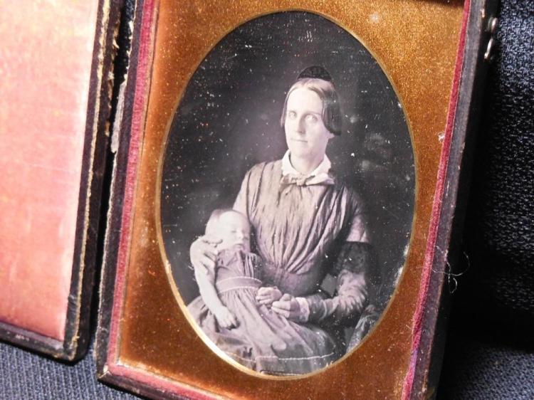 1840s 1/4 plate Post Mortem Daguerreotype in Case
