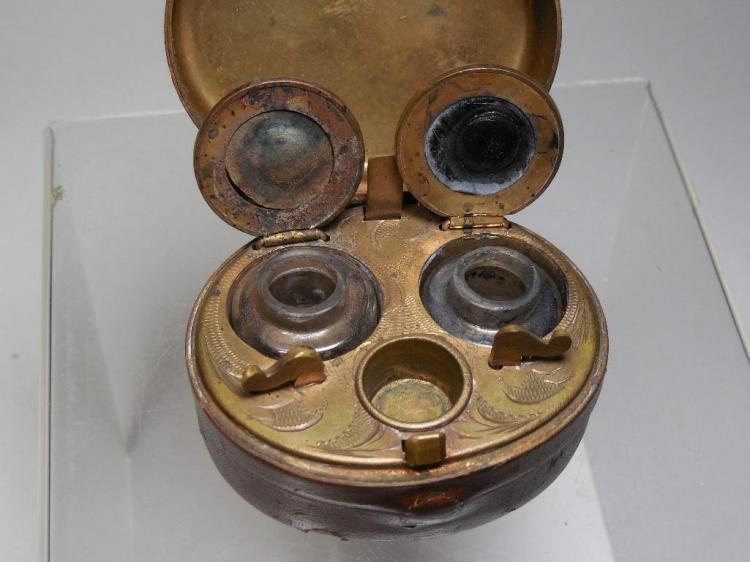 19th c. Leather Travelling Inkwell Set in Cse