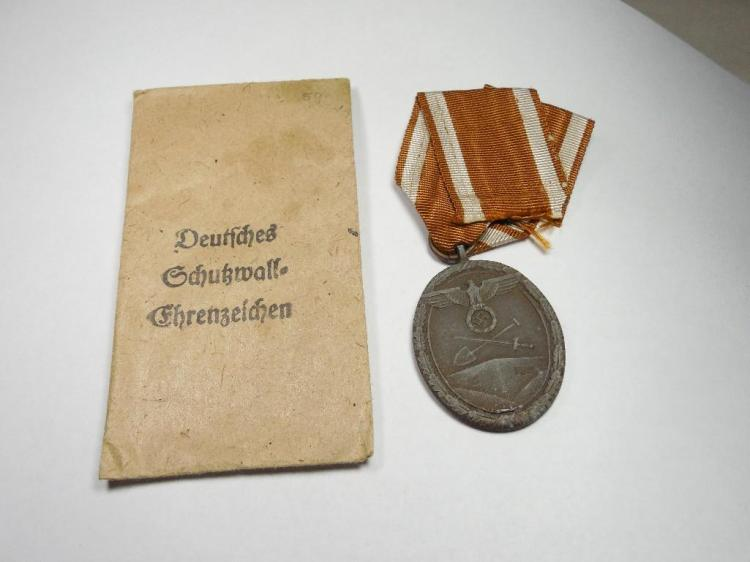 Nazi German West Wall Medal w/sleeve + Ribbon