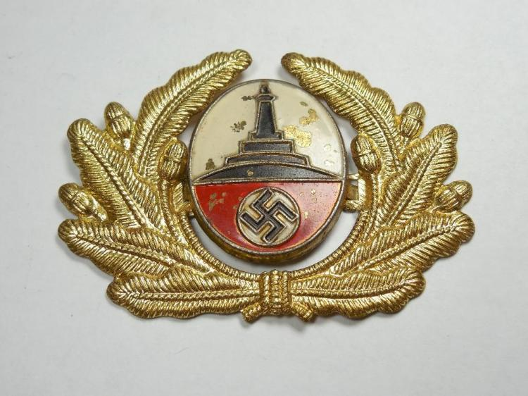 Nazi German WWII Veteran's Hat Device