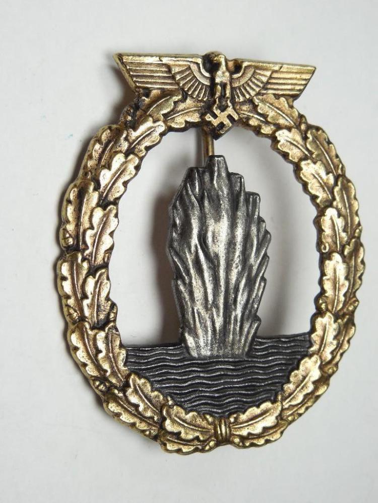 WWII Nazi German Navy Mine Sweeper Badge - Rare