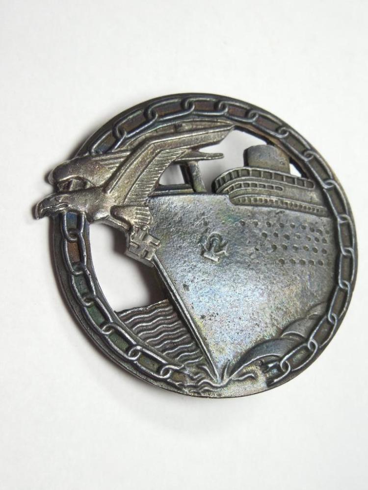 Nazi German WWI Kriegsmarine Blockade Runner Badge