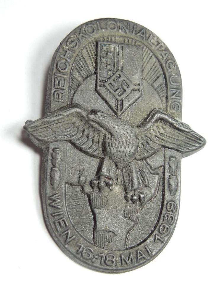 Nazi German 1939 Reichs Kolonial Tag Wein Badge