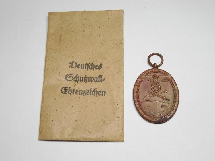 Nazi German WWII Western Wall Medal in Sleeve