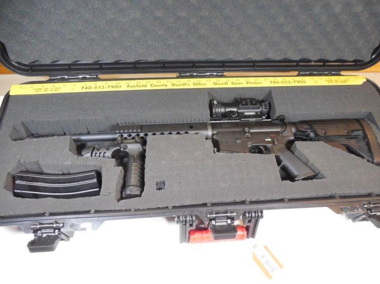 Diamondback DB-15 5.56 mm Rifle in Case w/Accessories