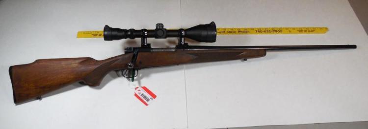 Winchester Model 70 XTR 300 Win Mag Rifle w/Scope