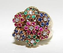 Ladies Designer 14K Yellow Gold Gem Stone Ring.