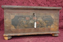 SMALL AMISH BLANKET CHEST
