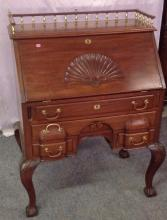 Very nice Drop Front ladies writing Desk