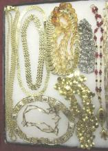 11 Costume Jewelry Necklaces