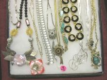 10 Costume Jewelry Necklaces