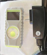 Green 4gb Apple iPod With Case And Charger