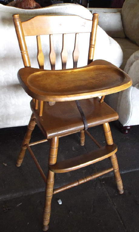 wooden child high chair with removable tray. Black Bedroom Furniture Sets. Home Design Ideas