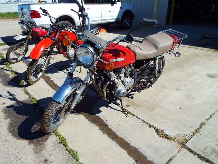 1982 Honda XR200 Red Off Road Motorcycle