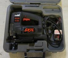 Skil Brand Electric Jig Saw With Case