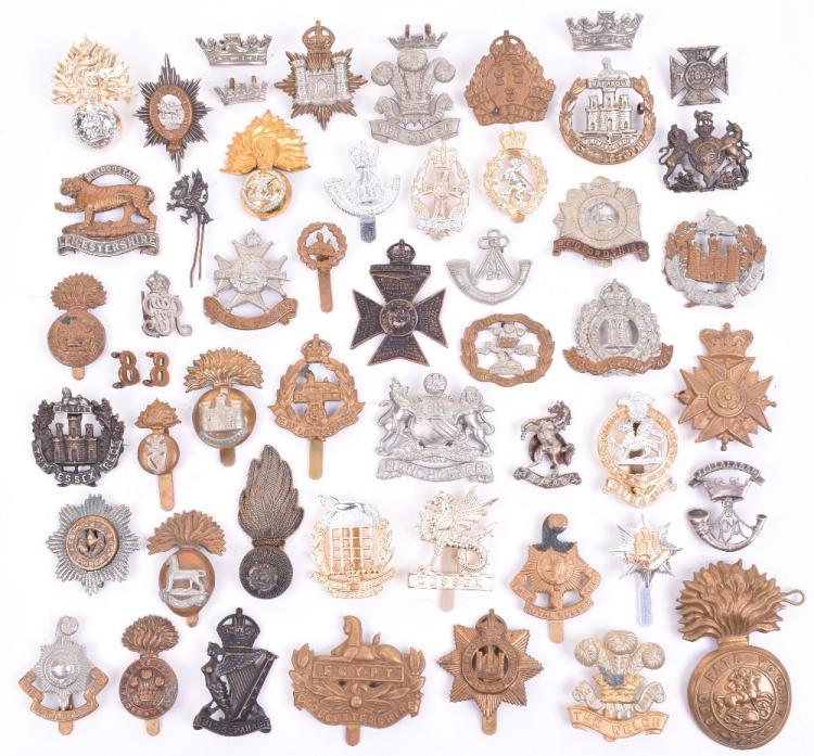 Quantity of Assorted Cap Badges