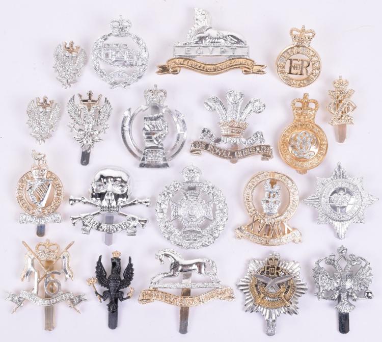 Pre 1953 Kings Crown Rifle Brigade Anodised Cap Badge