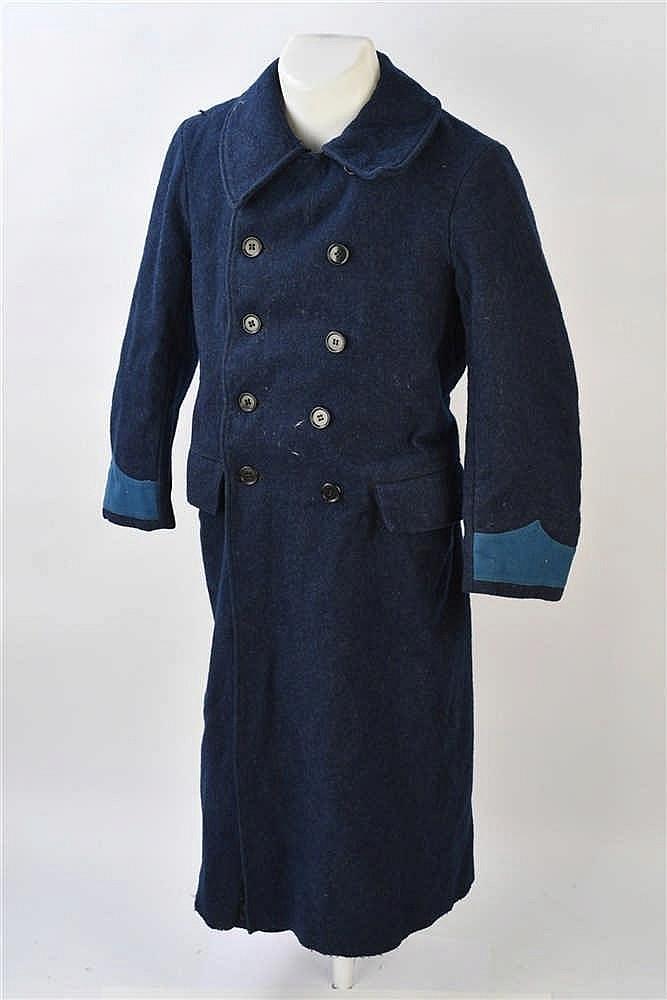 Manteaux pour hôpitaux en gros drap bleu/nuit, col chevalière, ferme par de