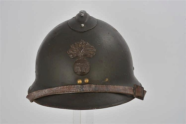 Casque français modèle 1926, infanterie. Bien conservé, bel état. I/II