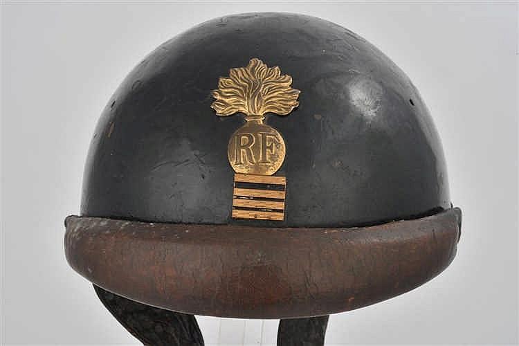 Casque français modèle 1935 de chef d'escadron de la gendarmerie mobile. Bo