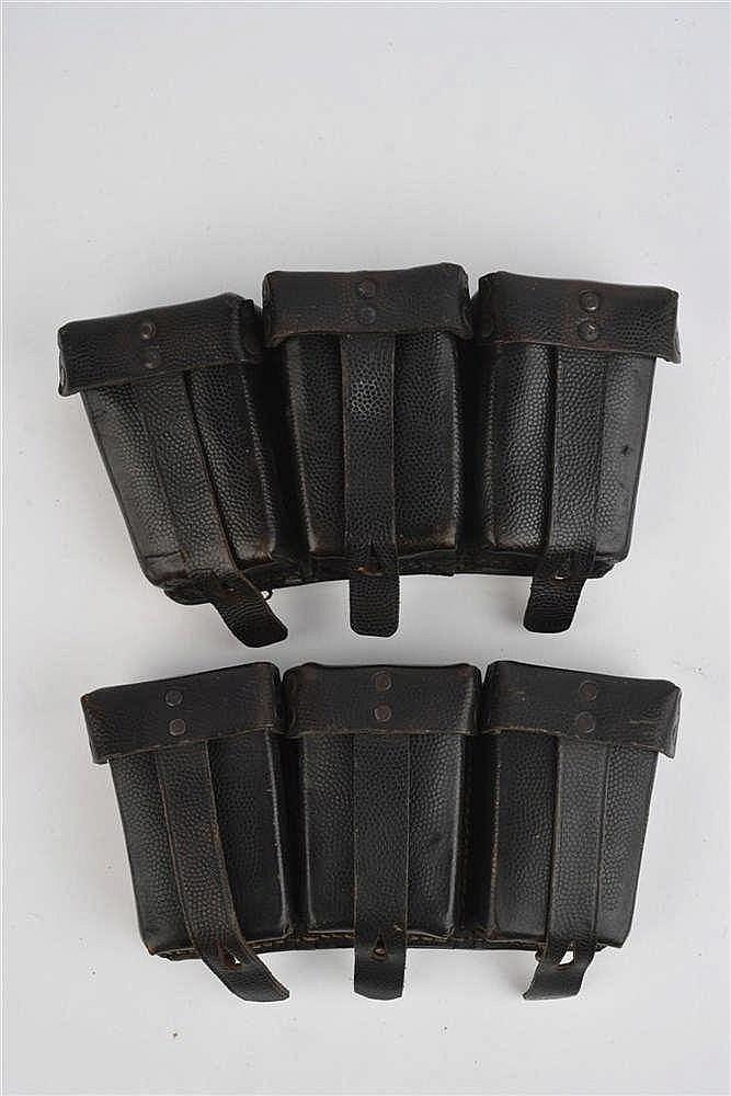 Paire de cartouchières de Mauser 98k en cuir grene