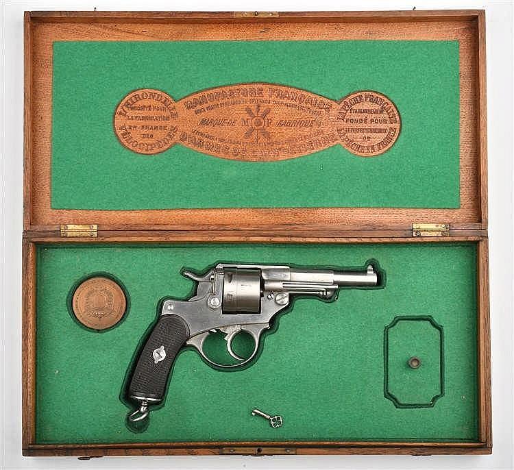 Coffret 1873 modèle civil dans une boîte de la man