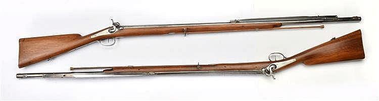 Paire de fusils d'équipage provenant du château de