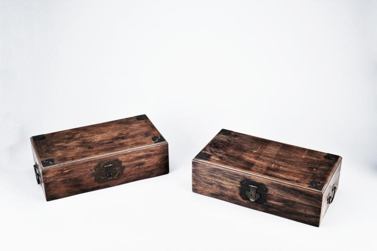 A SET OF TWO HARDWOOD RECTANGULAR BOXES