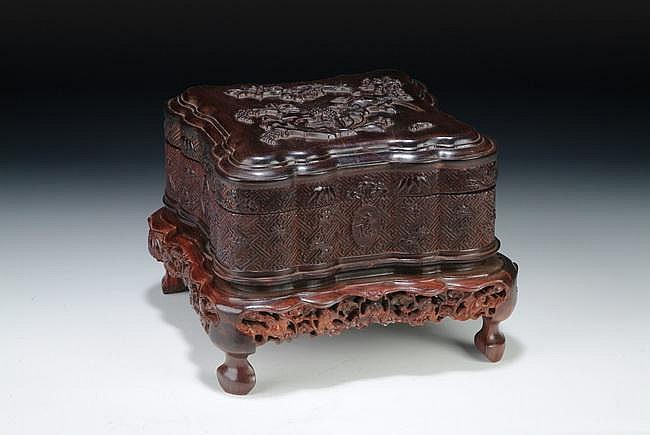 A WELL CARVED ZITAN SQUARE BOX