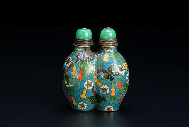 A CLOISONNE TWIN BODY SNUFF BOTTLE