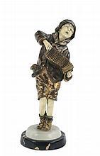 Demetre Chiparus (1886-1947) Giovane suonatore di accordéon