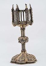 Parte di reliquiario in argento dorato sbalzato, fuso e cesellato, arte tardo-gotica, Sicilia XV-XVI secolo