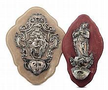 Due acquasantiere in argento sbalzato e cesellato, XVIII e XIX secolo