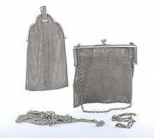 Lotto composto da due borse in maglia di argento e due catene in argento
