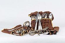 Servizio di posate in argento da 12 persone