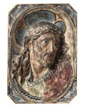 Altorilievo in terracotta dipinta raffigurante volto di Cristo, scultore barocco italiano del XVII secolo,