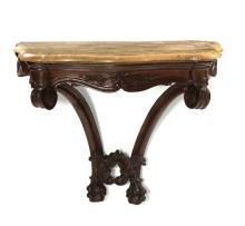 Console a goccia in noce intagliato, Venezia primo quarto del XVIII secolo,