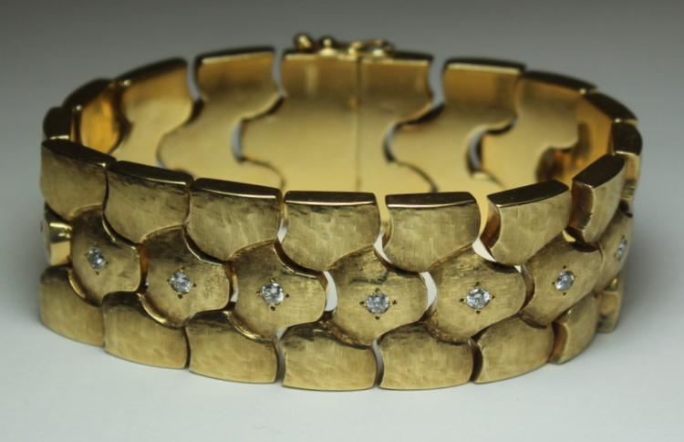 JEWELRY. 14kt Gold and Diamond Bracelet.