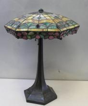 Antique Tiffany Style Leaded Glass Table Lamp.