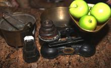 A set of vintage Salter kitchen scales & weights, brass bowl & small brass bucket