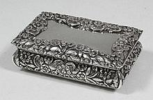 A William IV silver rectangular snuff box, with