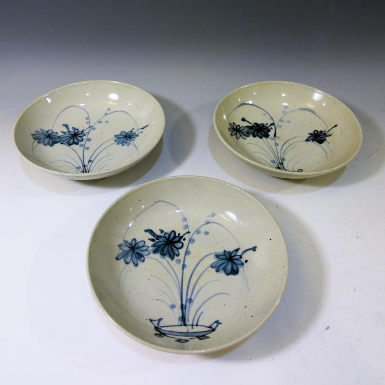 3 CHINESE ANTIQUE BLUE WHITE PORCELAIN DISH - MING DYNASTY MARKED
