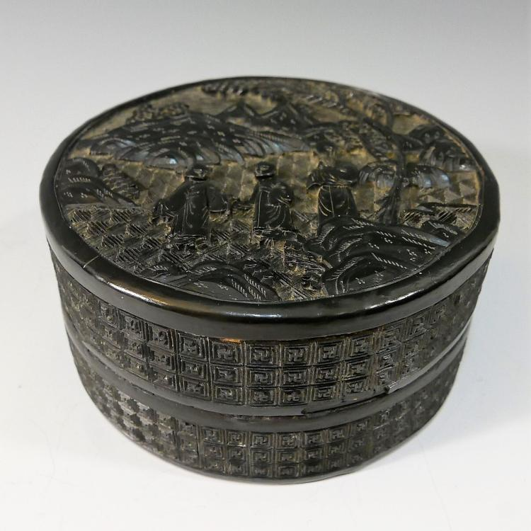 CHINESE ANTIQUE CARVED LACQUER CINNABAR BOX - 19TH CENTURY