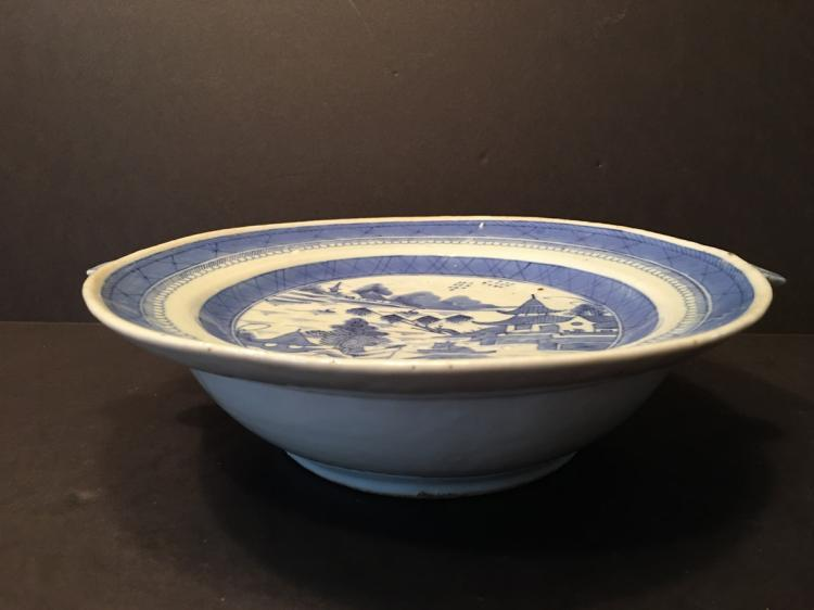 ANTIQUE Chinese Large Blue and White Warming Dish, early 19th C
