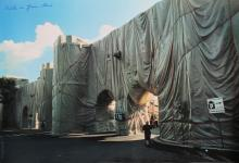 CHRISTO' (n. 1935) & JEANNE-CLAUDE (1935 - 2009) The wall wrapped roman wall.