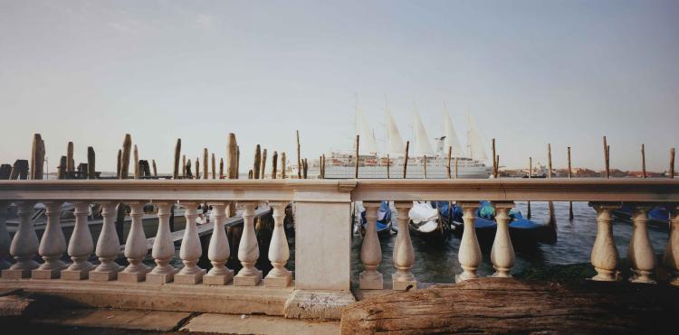 CHIARAMONTE GIOVANNI (n. 1948) Venice.