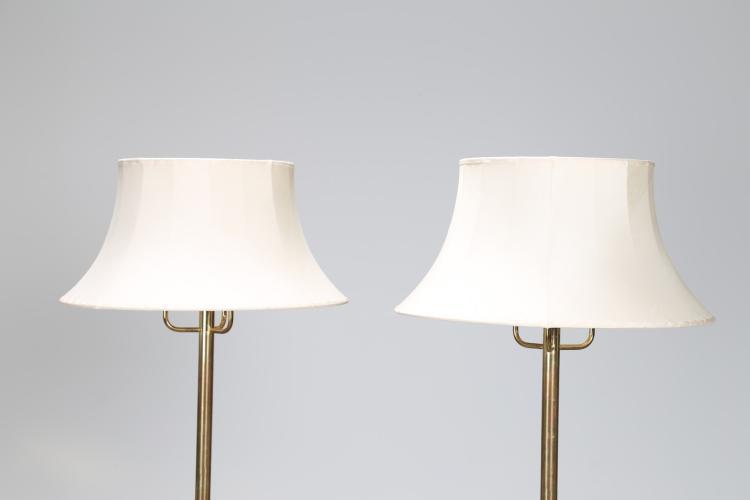 JAKOBSSON HANS-AGNE Coppia di lampade da terra in ottone con